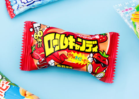 Yaokin Strawberry Roll Candy