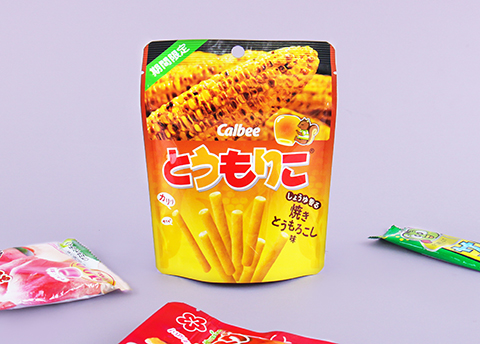 Calbee Tomoriko Roasted Corn Sticks
